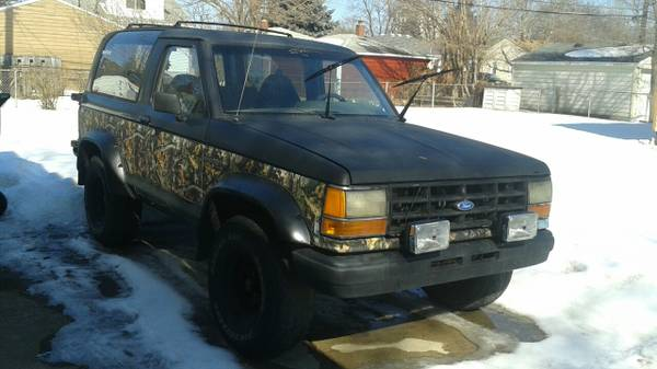 1990 ford bronco ii manual for sale in detroit mi. Black Bedroom Furniture Sets. Home Design Ideas